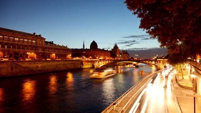 Paris River Time Lapse
