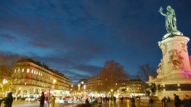 paris république square at night - money politics stock videos & royalty-free footage