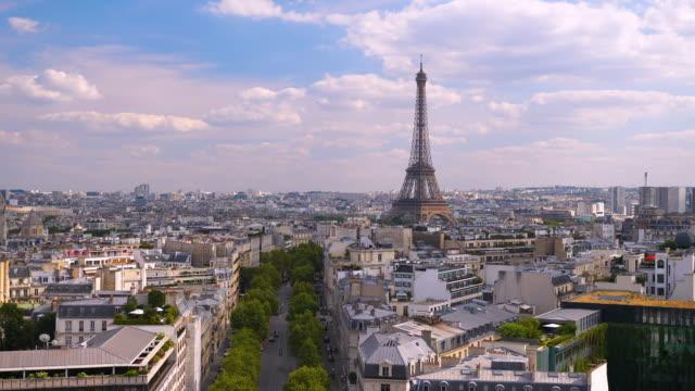 paris skyline aerial view at sunset time - parigi video stock e b–roll