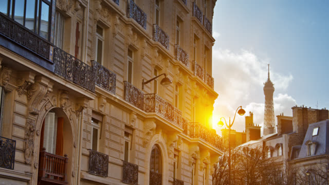 vidéos et rushes de horizon de paris. sun. tour eiffel. - paysage urbain
