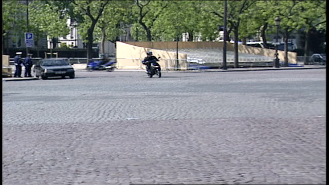 pov of paris traffic - anno 2002 video stock e b–roll