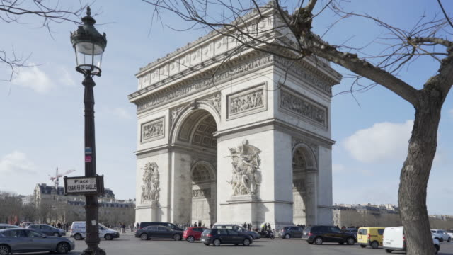 paris, winter breaks and the arc de triomphe. - avenue des champs elysees stock videos & royalty-free footage