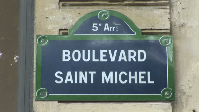 paris5 arrt boulevard saint michel signboard in paris france - boulevard video stock e b–roll