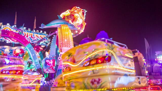 vidéos et rushes de parish fair /amusement park - fête foraine