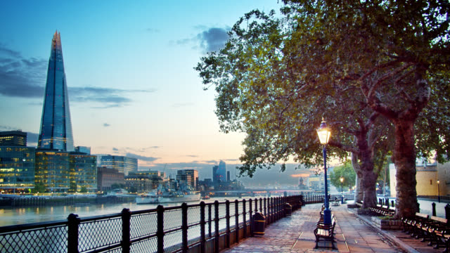 park at riverside. london city. - river han stock videos & royalty-free footage