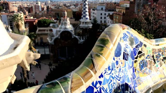 vidéos et rushes de parc guell à barcelone - barcelone