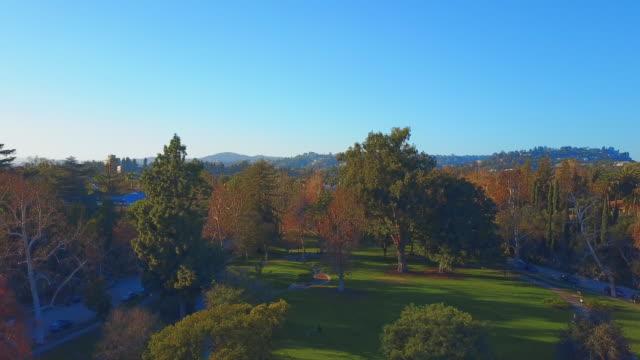park los angeles aerial - beverly hills california点の映像素材/bロール