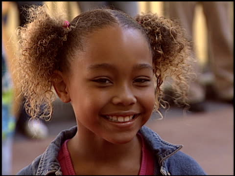 parker mckenna posey at the 'dora the exporer' premiere at the kodak theatre in hollywood, california on august 9, 2003. - parker posey stock videos & royalty-free footage