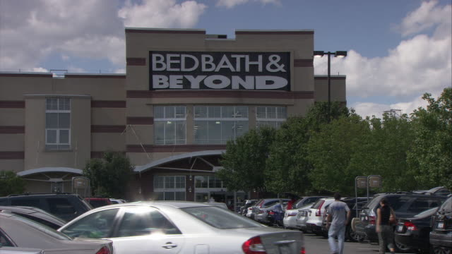 ws parking lot in front of bed, bath and beyond store / elmsford, new york, usa - bath stock videos and b-roll footage