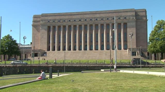 vidéos et rushes de parliament building in helsinki - gouvernement
