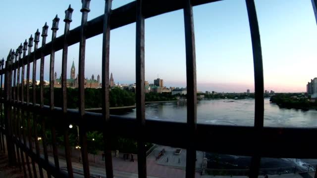 vídeos y material grabado en eventos de stock de edificio del parlamento en ottawa, onratio - colina del parlamento ottawa