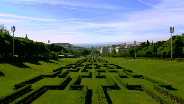 vídeos y material grabado en eventos de stock de parque de eduardo vii-lisboa, portugal - eduardo vii park
