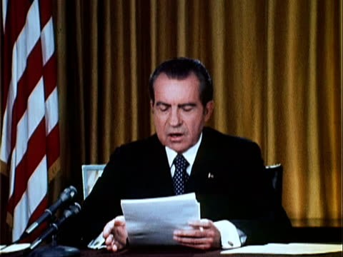 part 4 of nixon speech defending his office against watergate charges / nixon explains the counsel to the president, john dean, has resigned and... - リチャード・ニクソンの大統領辞任点の映像素材/bロール