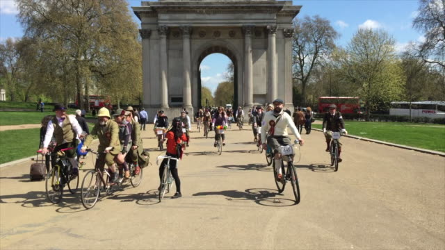 part one of a short film about the tweed run as it passes through london on a glorious spring morning. - attending stock videos & royalty-free footage