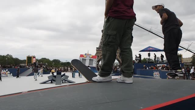 participant grinds while others wait to train on the red bull paris conquest skatepark in front of the eiffel tower on august 17, 2021 in paris,... - participant stock videos & royalty-free footage