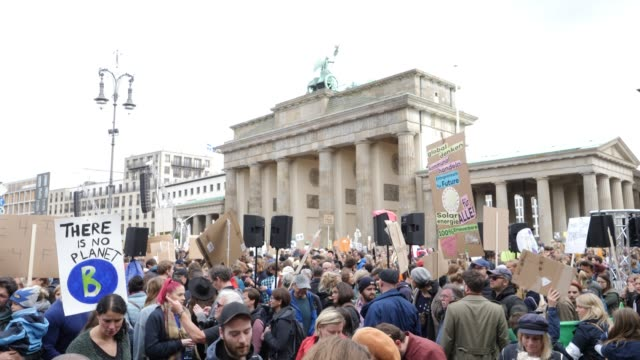 participants in the fridays for future movement protest at the brandenburg gate during a nationwide climate change action day on september 20 2019 in... - climate policy stock videos & royalty-free footage