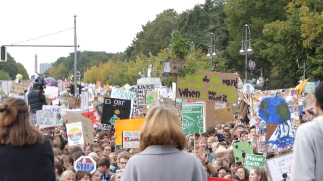participants in the fridays for future movement protest during a nationwide climate change action day on september 20 2019 in berlin germany fridays... - climate policy stock videos & royalty-free footage