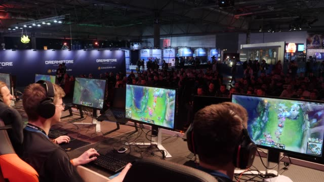 participants play computer games during a competition at lan party in the expo area at the dreamhack leipzig digital festival on january 24 2020 in... - gambling stock videos & royalty-free footage