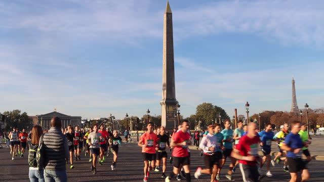 FRA: Schneider Electric Marathon De Paris 2021