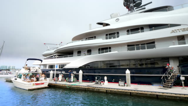 Party at the luxury yacht at the Marina Del Rey harbor in Los Angeles, California, 4K