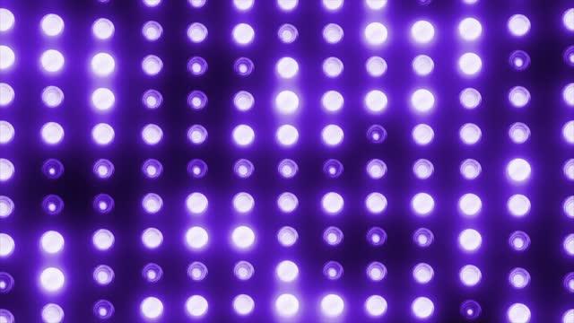 vídeos de stock, filmes e b-roll de parede de luz led da festa para loopable palco o conceito de luzes de palco, vida noturna, sorte noturna, efeito de luz, dança, música, lâmpada elétrica - dance music