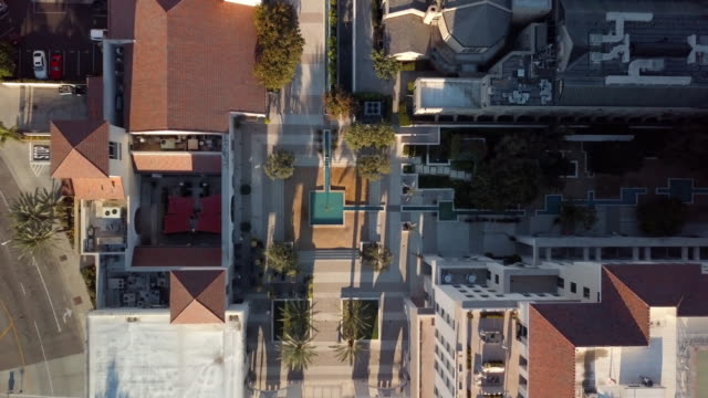 pasadena public courtyard - top down drone shot - courtyard stock videos & royalty-free footage