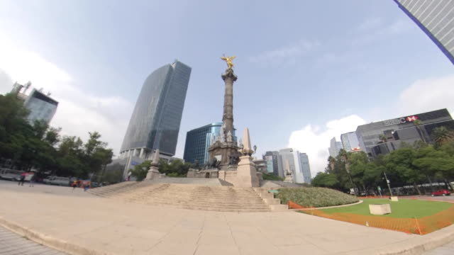 paseo de la reforma avenue and mexico city skyline - avenue stock videos & royalty-free footage