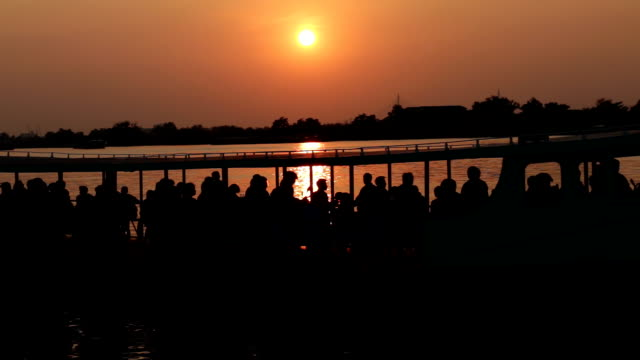 stockvideo's en b-roll-footage met passenger boat at sunset. - passagiersboot