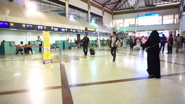 passenger in juanda international airport, surabaya, indonesia - surabaya stock videos & royalty-free footage