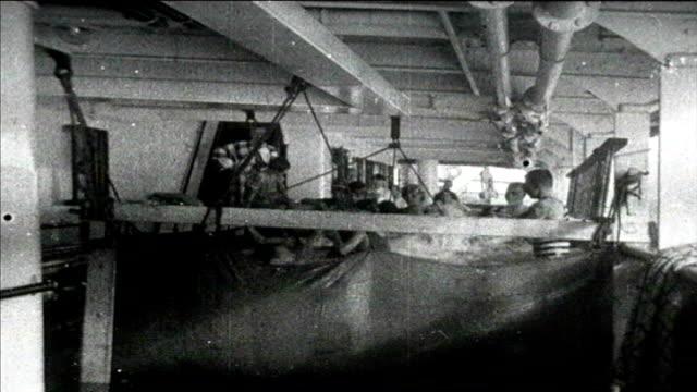 1925 passenger ship - ブラスバンド点の映像素材/bロール