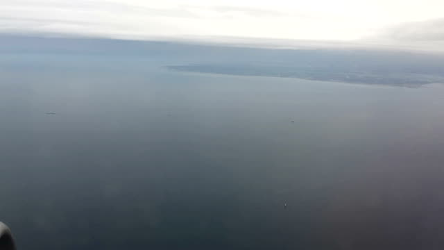Passenger view from an Airplane: timelapse