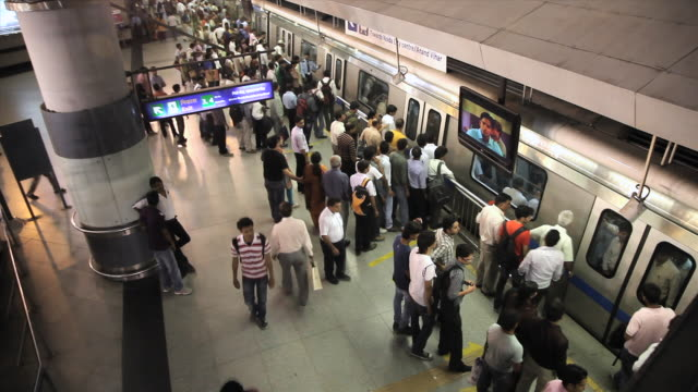 MS T/L Passengers at metro station / Delhi, Delhi, India