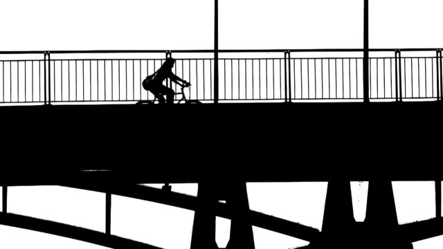 b/w passengers crossing a bridge (loopable) - überqueren stock videos and b-roll footage