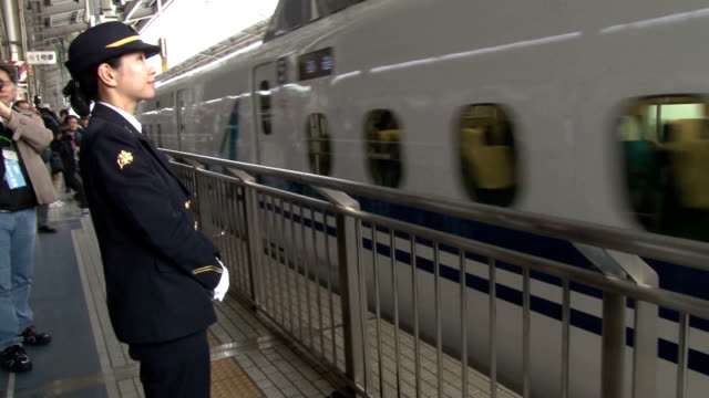 stockvideo's en b-roll-footage met passengers join a testride on feb 25 of a tokyoosaka tokaido shinkansen bullet train running at 285 kilometers per hour up from the current 270 kph... - passenger train