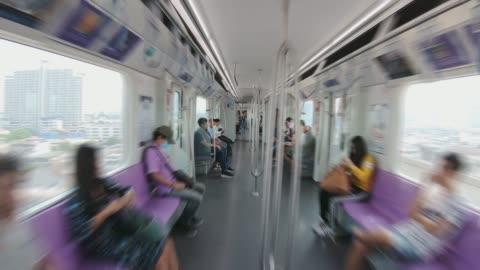 hyperlapse 空の電車の乗客 - 内部点の映像素材/bロール