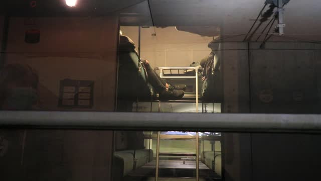 passengers wait in the sleeping cars before the departure of the train during the inauguration of the night train on the paris-nice line on may 20,... - train vehicle stock videos & royalty-free footage