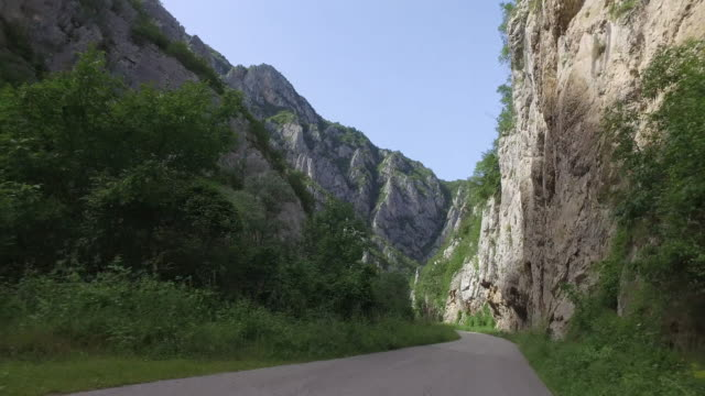 Passing cliffs