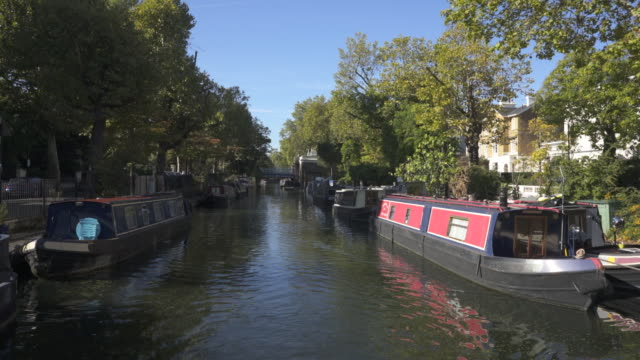 Passing through Little Venice London. With sound, in late summer.
