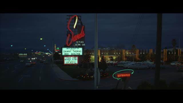 vídeos de stock, filmes e b-roll de ws 'cars passing through road  - escrita ocidental