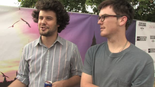 passion pit - michael angelakos and ian hultquist on proving yourself to new audience at the hard rock calling at london england. - お祭り好き点の映像素材/bロール