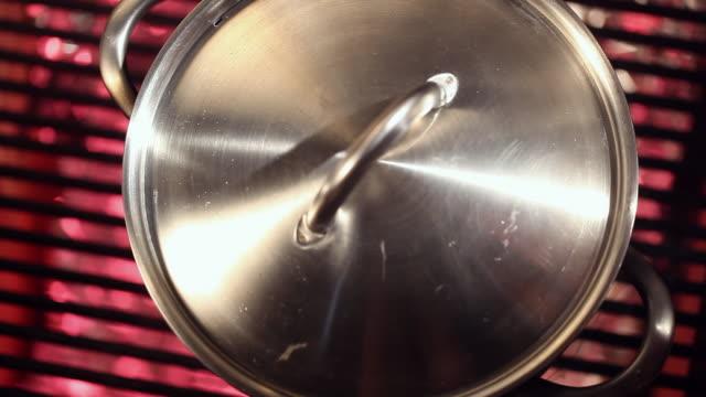 pasta pot boiling - spaghetti video stock e b–roll