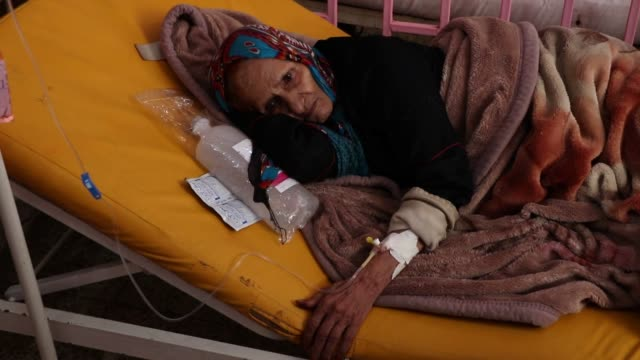 patients receive treatment for cholera at sabeen hospital on march 10, 2019 in sanaa, yemen. - vibrio stock videos & royalty-free footage