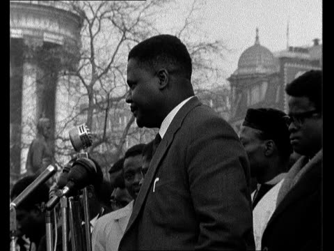 riot at belgian embassy in london 65pm remains england london trafalgar square standing at the foot of nelson column crowd round him joshua nkomo sof... - itv evening bulletin stock videos & royalty-free footage