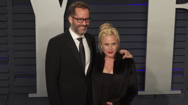 patricia arquette and guest at 2019 vanity fair oscar party hosted by radhika jones at wallis annenberg center for the performing arts on february... - patricia arquette stock videos & royalty-free footage