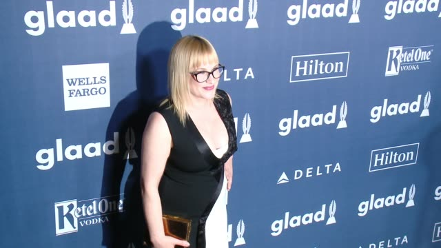 patricia arquette at the 27th annual glaad media awards at the beverly hilton hotel on april 2 2016 in beverly hills california - the beverly hilton hotel stock-videos und b-roll-filmmaterial