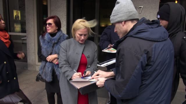 patricia arquette leaves abc studios, signs for fans in celebrity sightings in new york, - patricia arquette stock videos & royalty-free footage