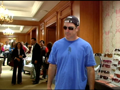 patrick warburton at the 2nd annual lucky/cargo club celebration of upfront week on may 18, 2005. - patrick warburton stock videos & royalty-free footage