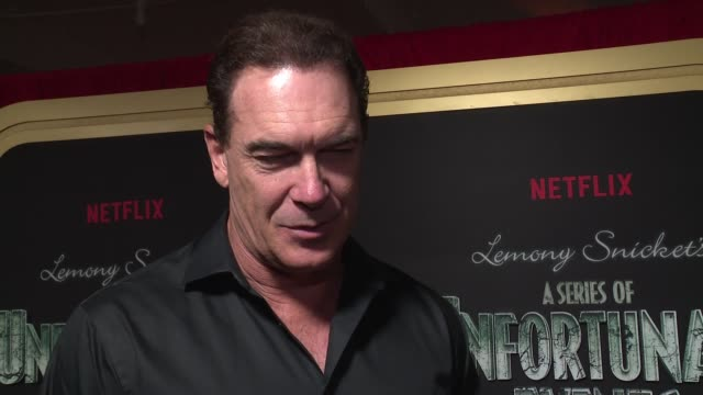 "patrick warburton on barry sonnenfeld bringing the books to life and the evolution of the show at netflix premieres ""a series of unfortunate events""... - patrick warburton stock videos & royalty-free footage"