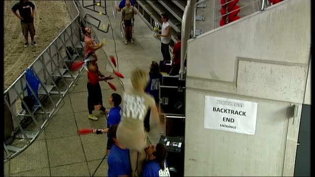 patrick woodroffe interview sot horses members of the company producing 'ben hur live' in the arena rehearsing ext iss dome where rehearsals for 'ben... - galeere stock-videos und b-roll-filmmaterial
