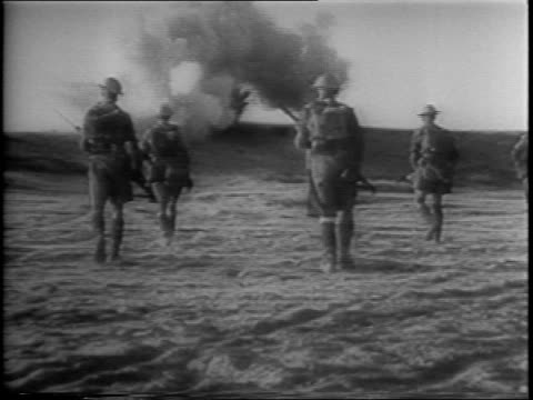 vídeos de stock, filmes e b-roll de pattern for invasion / recap of the allied victory in africa / sir archibald wavell at the beginning of the african invasion in libya / footage of... - áfrica do norte